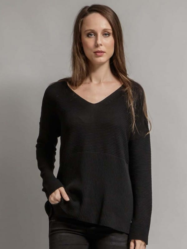 Sweater made with recycled materials - Ostavall