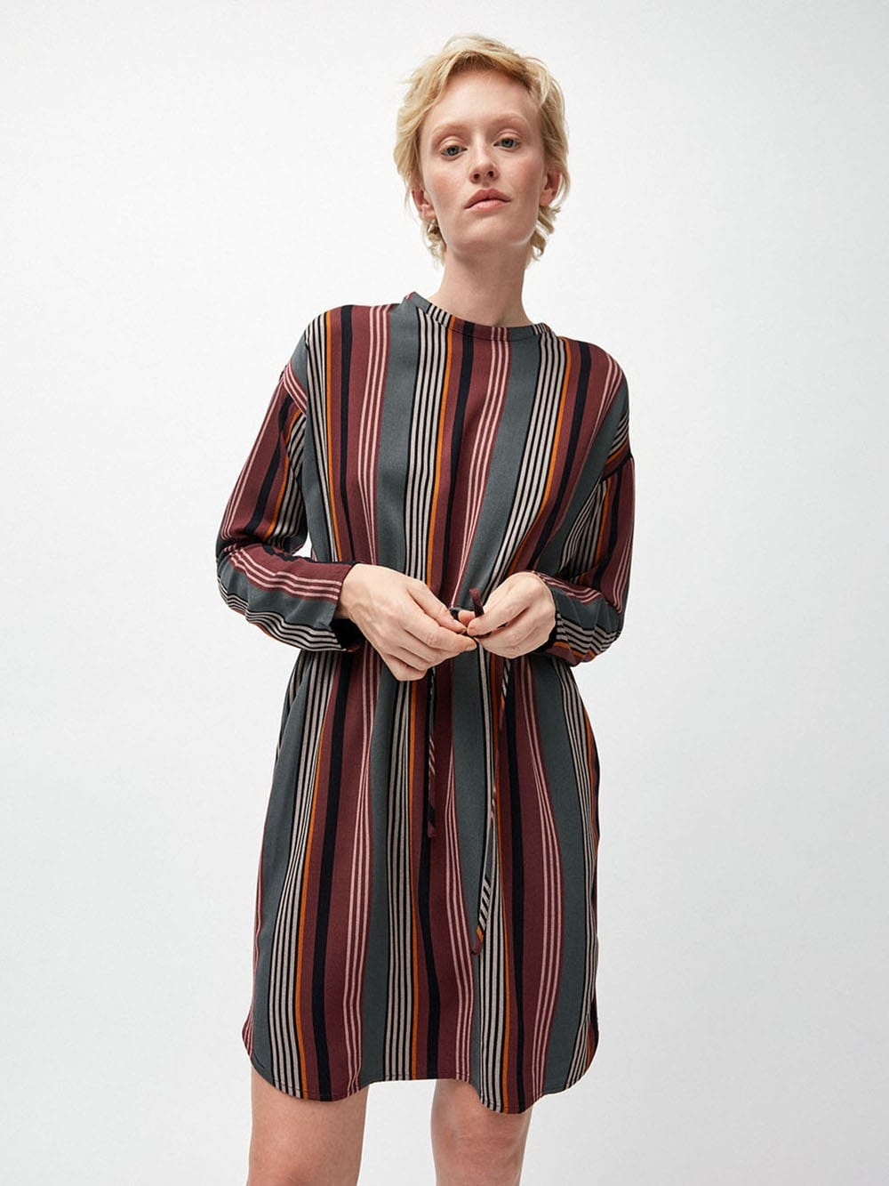 Printed viscose dress ECOVERO-Edurnaa Clustered Stripes