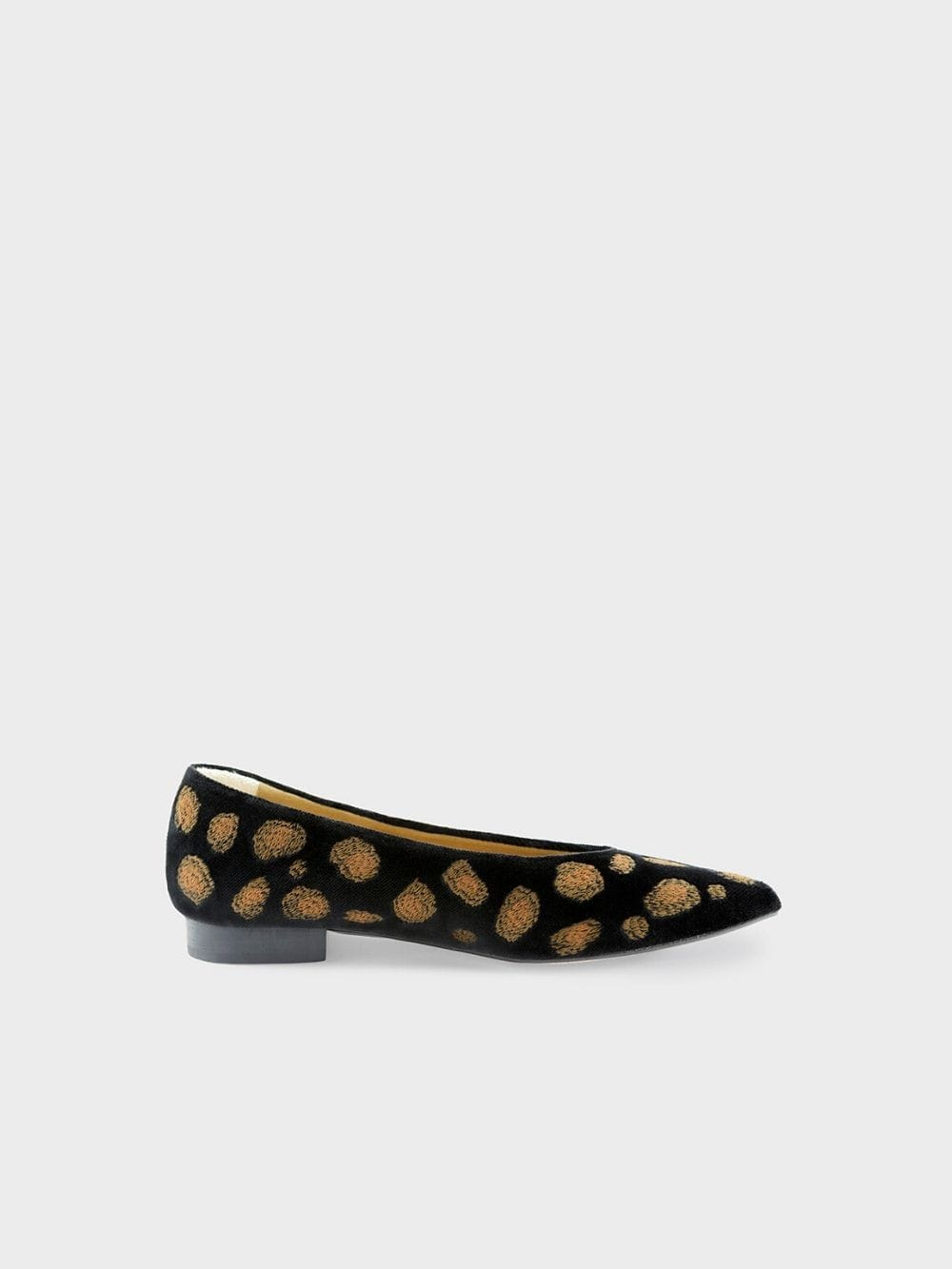 Vegan and sustainable shoes-Leopard