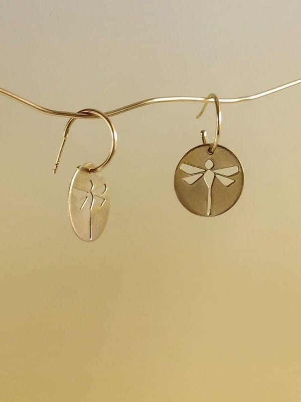 Handmade earrings silhouette libèlula