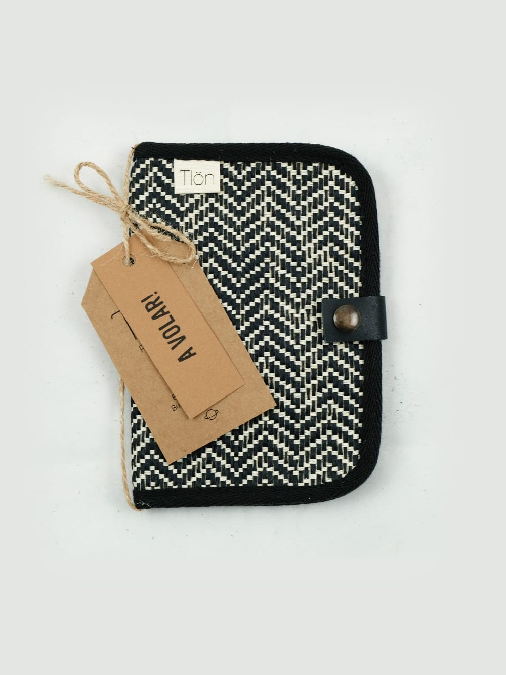 Wallet made with sustainable materials-Cassiopea Jute black