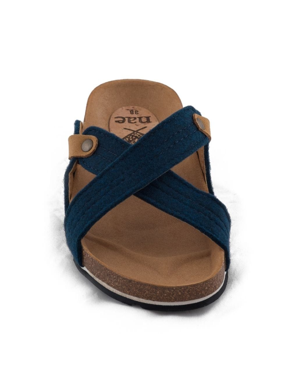 Flat sandal made from recycled bottles-Paxos