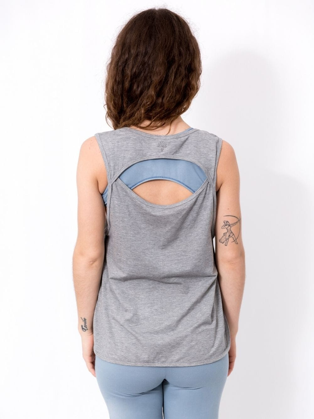 Camiseta deporte de materiales biodegradables-Vinyasa