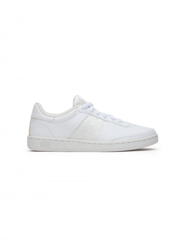 Recycled materials unisex sneaker in chrome-free leather
