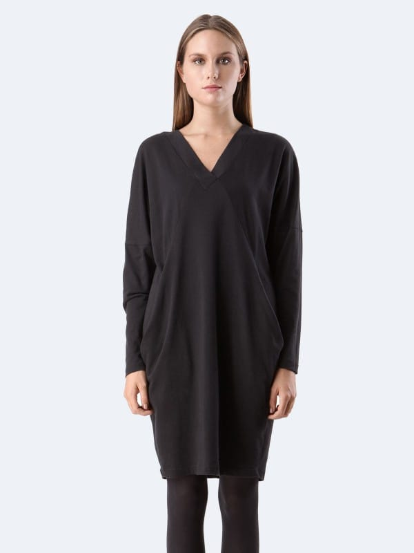 Organic cotton v-neck oversize dress